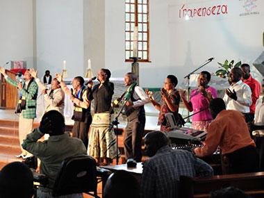 Gottesdienst in der Kathedrale von Mbinga